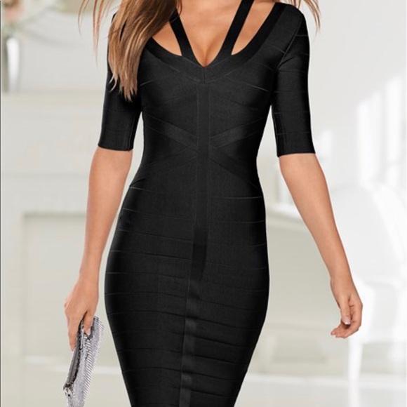 1ec595bb851b8 ❤️Slimming strap detail dress. M 5b5773bc34e48ac1e2552fa7